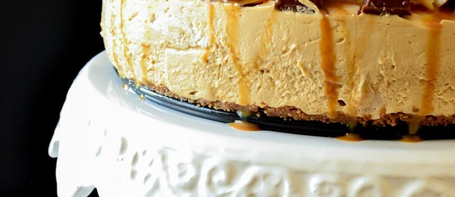Kit Kat & Caramel No Bake Cheesecake