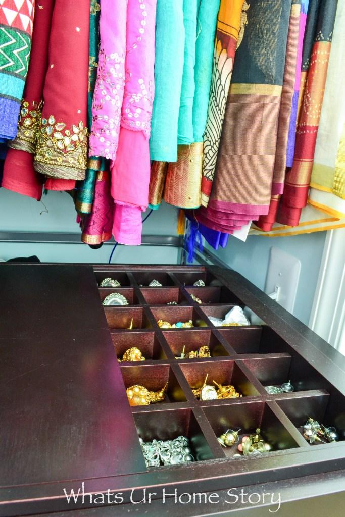 small-walk-in-closet-organization-jewelry-storage-with-elfa-pull-out-jewelry-tray