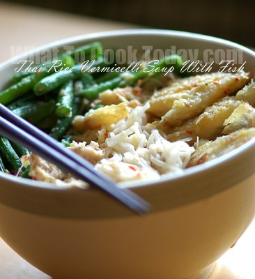 THAI RICE VERMICELLI SOUP WITH FISH