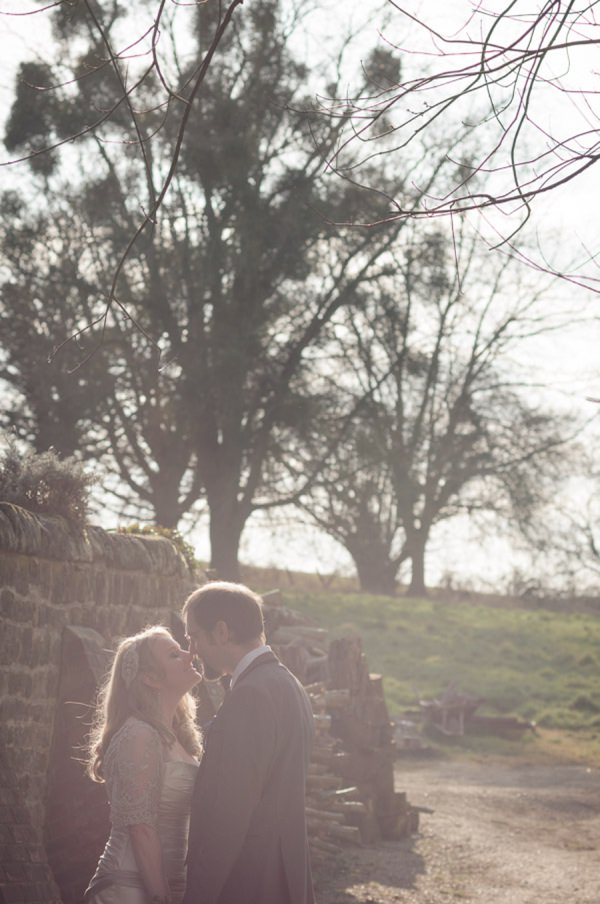 Bohemian Tipi Wedding in Sussex_Tino&Pip Photography-045