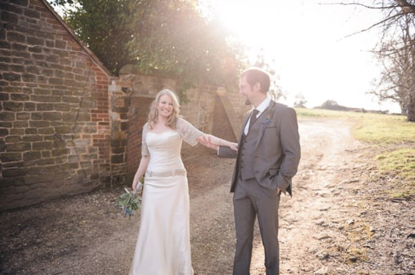Bohemian Tipi Wedding in Sussex_Tino&Pip Photography-047