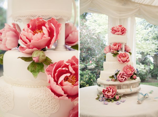 peony wedding cake http://www.jasminephotography.co.uk/
