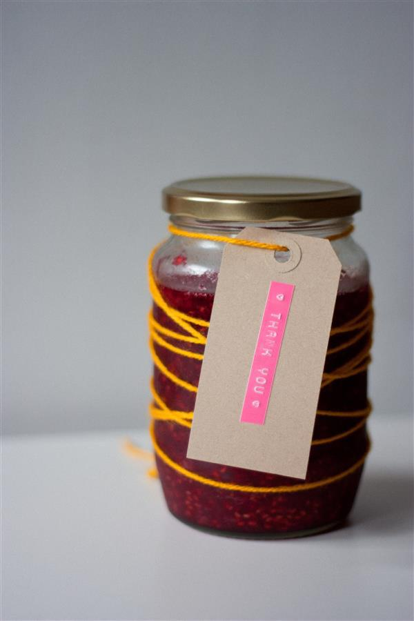 DIY jam wedding favours