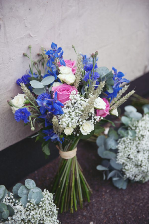 natural blue wedding bouquet http://www.rebeccadouglas.co.uk/blog/