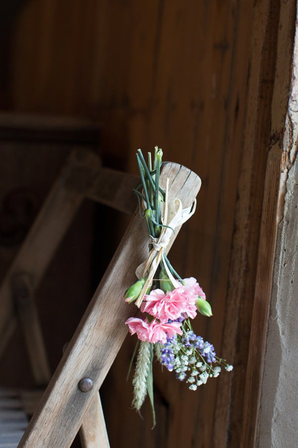 pew end chair flowers wedding http://www.katherineashdown.co.uk/