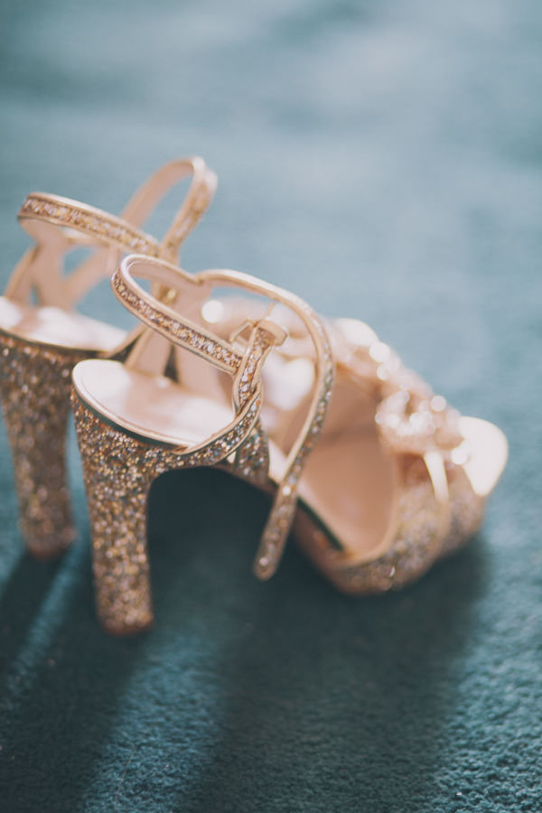 Gold glitter wedding shoes Vintage London Wedding http://www.blushandwhimsy.blogspot.co.uk/