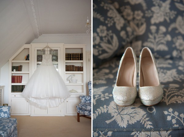 DIY Lillibrooke Manor Wedding http://fionasweddingphotography.co.uk/