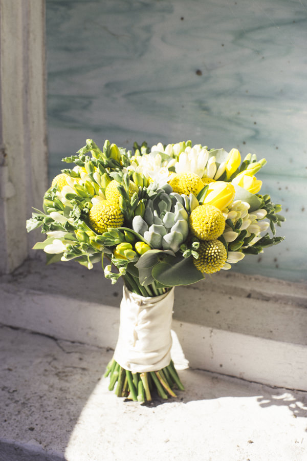 Yellow & succulent bouquet Yellow 1920s DIY London Wedding http://www.corradochiozzi.com/