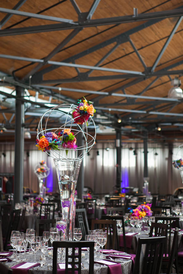 modern wedding flowers Urban Industrial Wedding in Chicago http://www.jwileyphotography.com/