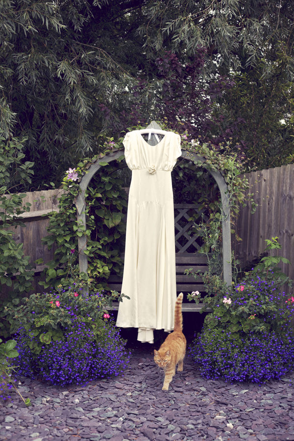 Belle & Bunty Dress Stylish Fun Humanist Wedding http://www.ruby-roux.com/