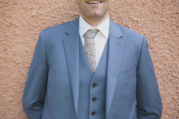 Indie Farm Wedding Groom Print Tie Blue Suit http://www.mirrorboxphotography.com/