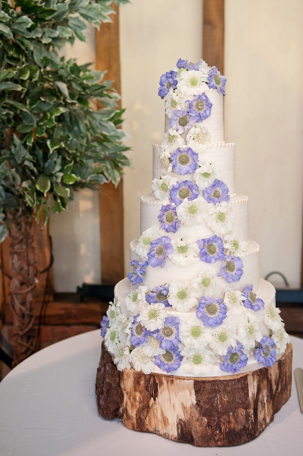 Chic & Relaxed Country Rustic Wedding Purple White Flower Cake http://www.sarareeve.com/