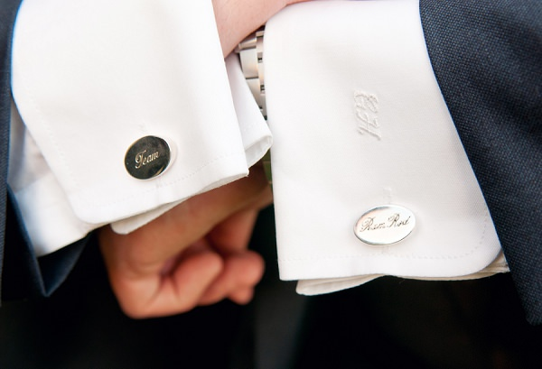 Chic & Relaxed Country Rustic Wedding Cufflinks Groom http://www.sarareeve.com/