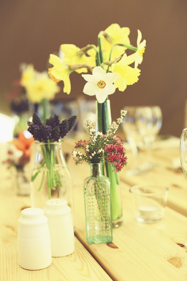 Spring Daffodil Wedding Flowers http://www.onloveandphotography.com/
