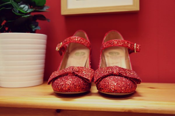 Red Glitter Bow Wedding Shoes T Bar http://myfabulouslife.co.uk/