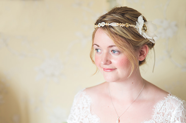 Country Folksy Pre-Raphaelite Wedding Natural Pretty Make Up Bride http://www.georgimabee.com/