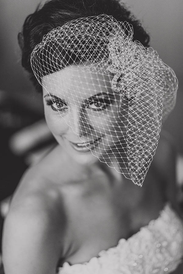 Relaxed Hollywood Glamour Wedding Birdcage Veil Bride http://www.pauljosephphotography.co.uk/
