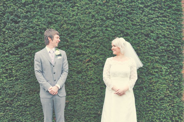 Vintage 1960s Spring Wedding http://www.flukephotography.co.uk/