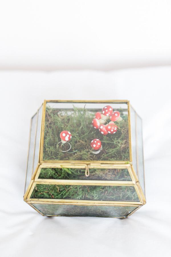 Whimsical Woodland Fairytale Wedding Terranium Ring Box http://www.lisadawn.co.uk/