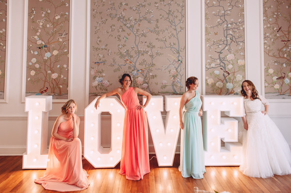 Bright Light Peach Wedding http://www.annapumerphotography.com/