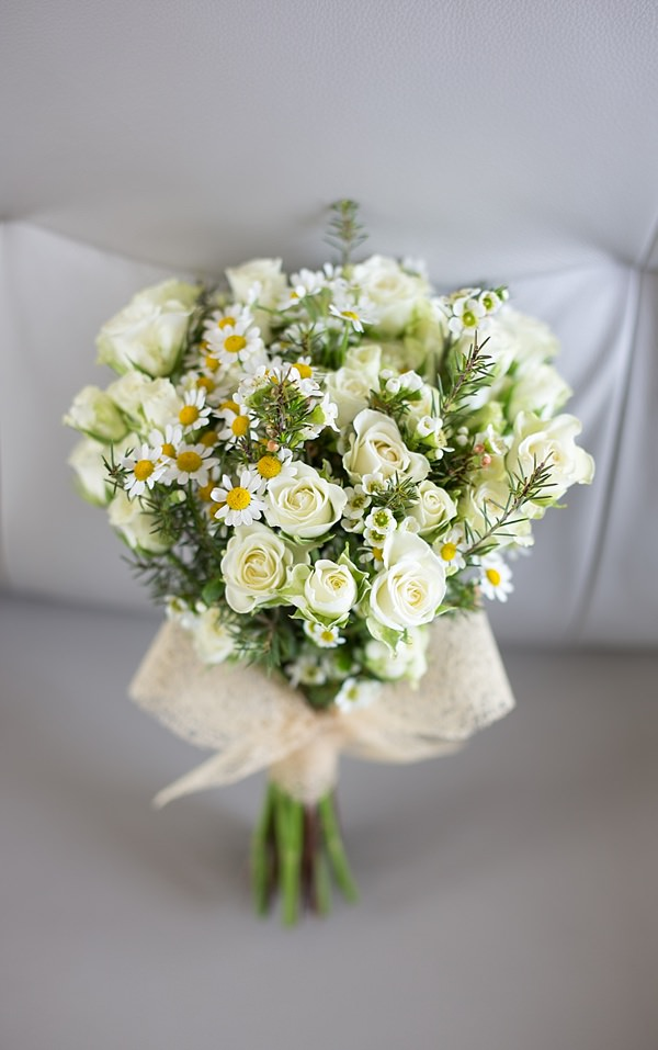 White Rose Daisy Bridal Bouquet Informal Beach Wedding http://www.juliaandyou.com/