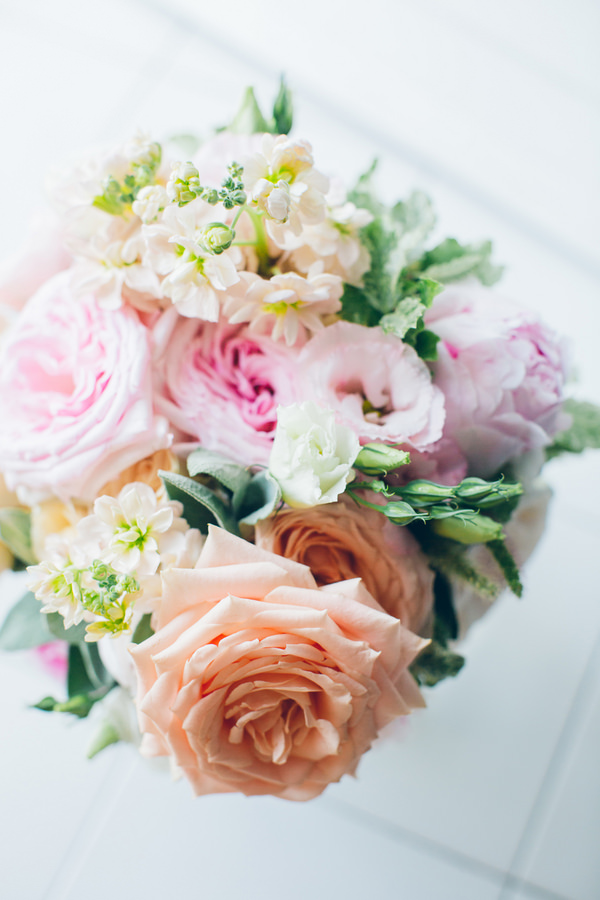 Pastel Dessert Table Italy Wedding Pretty Rose Bridal Bouquet http://www.lesamisphoto.com/