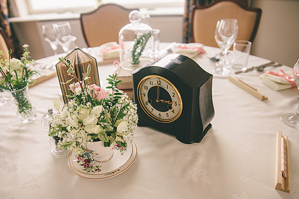 Simple Classic Vintage Yacht Club Wedding Clock Tea Cup Decor  http://www.jasonmarkharris.com/