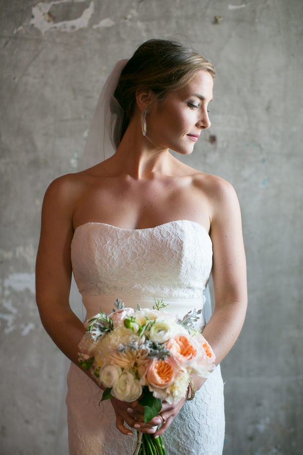 Simple Elegant Black Tie Minnesota Wedding http://www.erinjohnsonphotoblog.com/