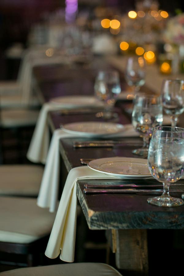Simple Elegant Black Tie Minnesota Wedding Napkins http://www.erinjohnsonphotoblog.com/
