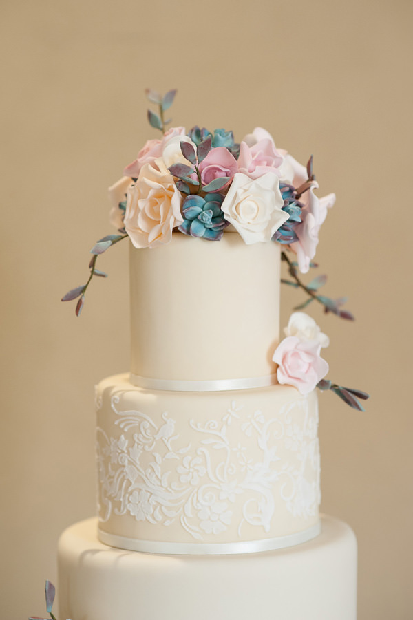 Pretty Country Garden Wedding Ivory Lace Cake Flowers Classic Pretty http://fionasweddingphotography.co.uk/