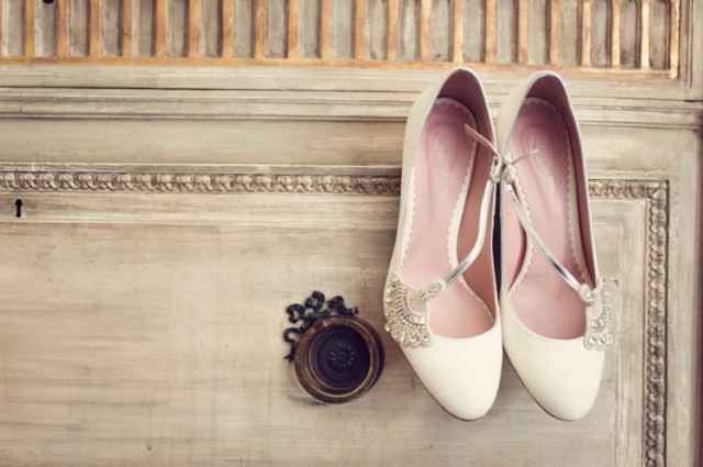 Vintage Emmy Bridal Shoes Bride Elegant Classic Rustic Touches Wedding http://studiorouge.co/