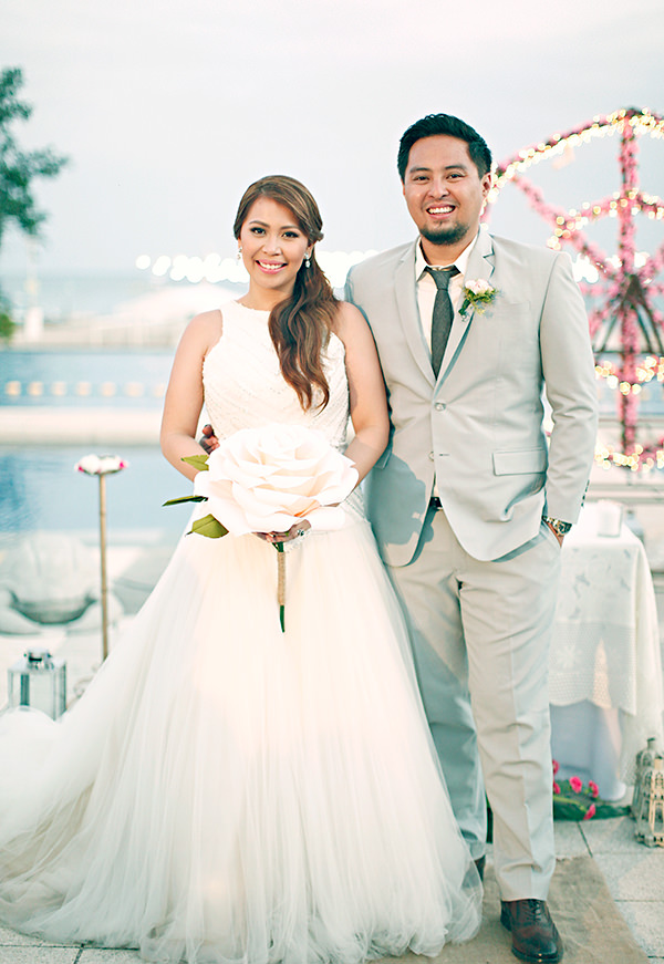 Coachella Inspired Philippines Wedding http://wedoitforlove.net/
