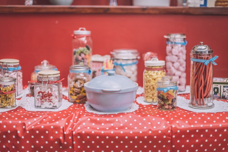 Sweetie Sweet Table Brighton Rocks Vintage 1950s Kiss Me Quick Red White Blue Wedding http://www.neilwilliamshaw.co.uk/