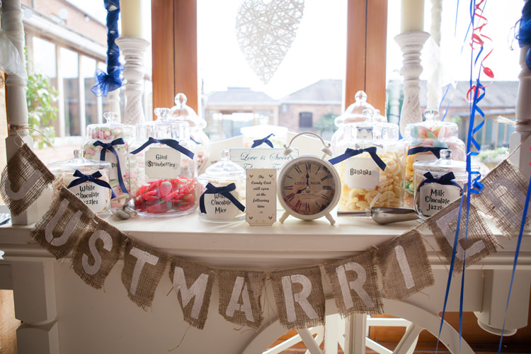Sweet Sweetie Cart Vintage Blue Country Farm Wedding http://kathrynedwardsphotography.com/