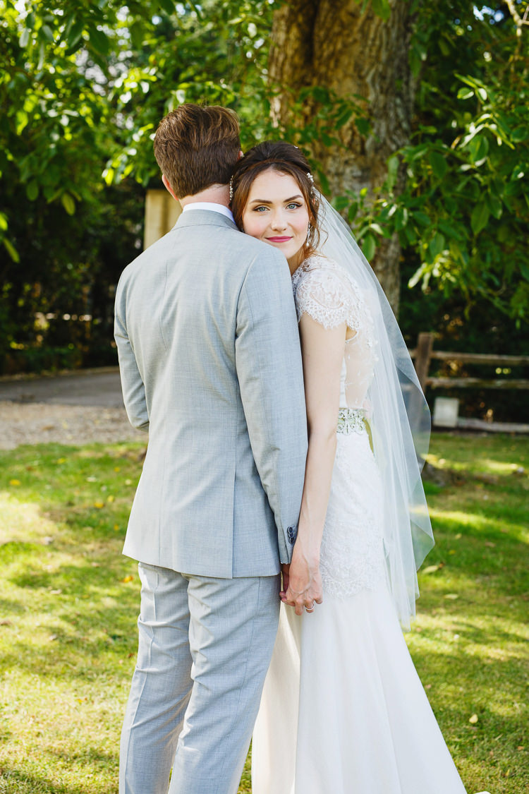 Soft Modern Vintage Garden Wedding http://kirstenmavric.co.uk/