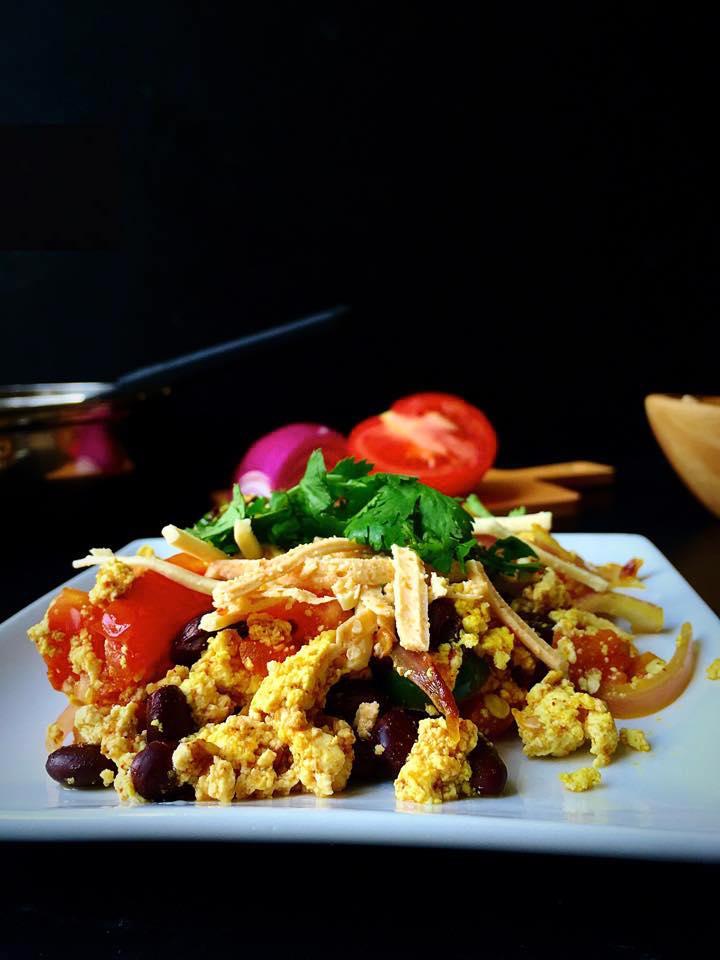 Vegan + GF Fajita Tofu Scramble for One! | Whisk and Shout