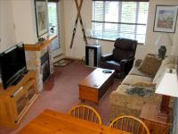 Whistler VRBO Photos of Eagle Lodge Room with Mountain View & Free Wifi!
