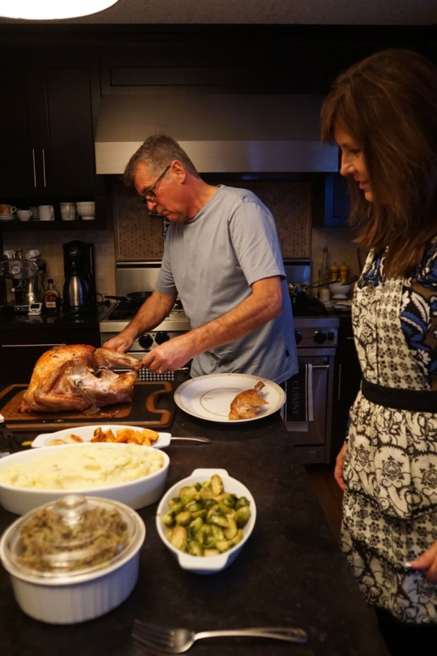 Dad carving the turkey