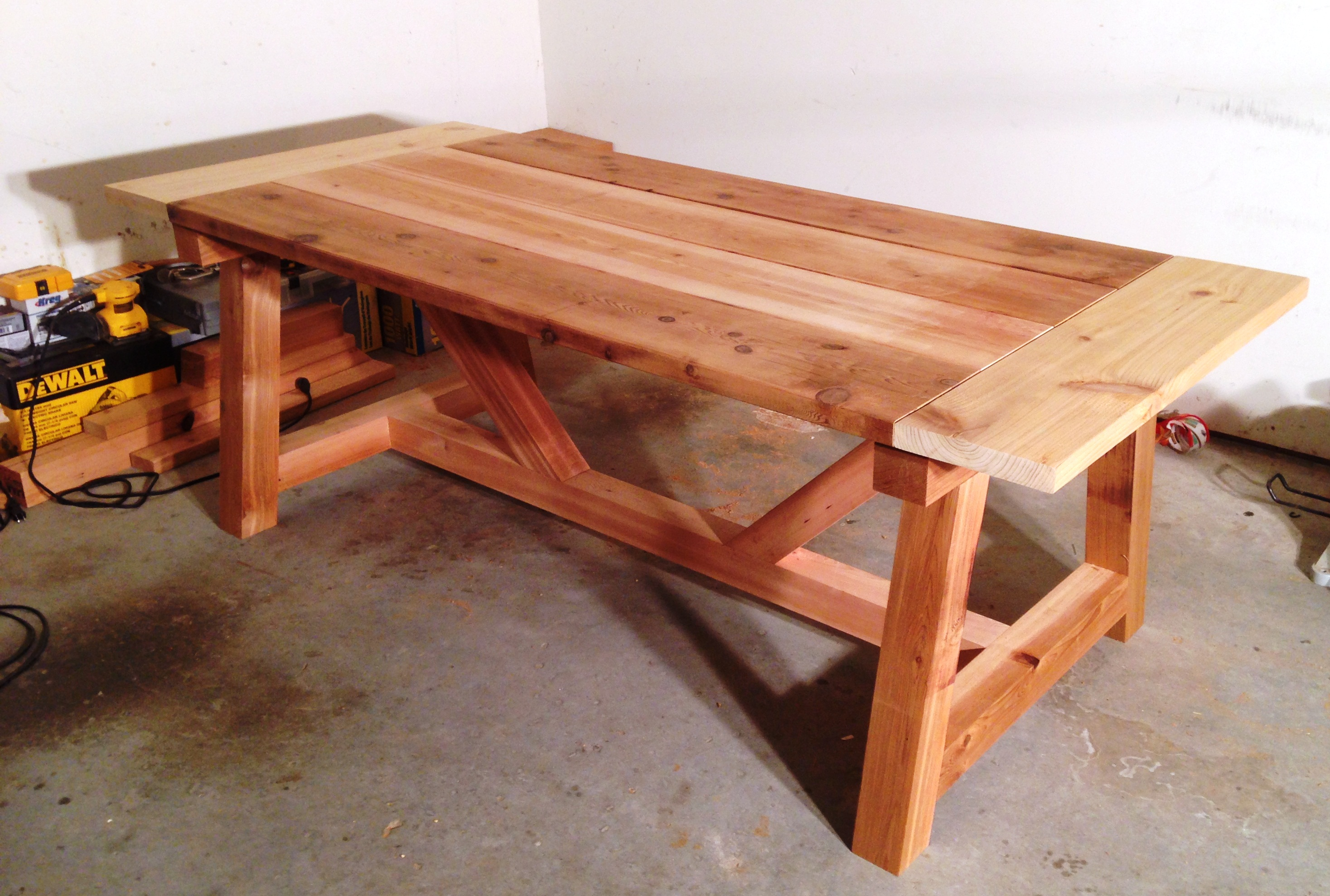 Ana White 4x4 Truss Table Built By Anthony Berg 01