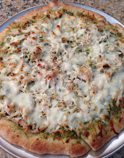 garlic chicken pesto pizza