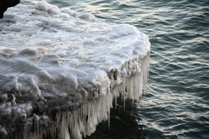 The ice melt at Cave Point in Sevastopol. (WhooNEW/Zak Bruss)