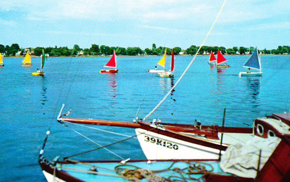Sturgeon Bay sailing
