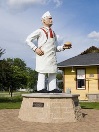 hamburger charlie statue in seymour