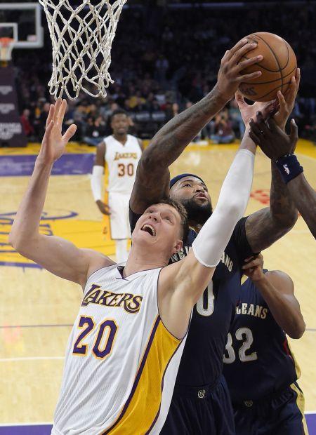 Pelicans-Lakers-1st-Win-DeMarcus-Cousins