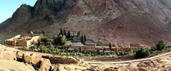 A general view of the Saint Catherine's monastery (far left) with its living and tourist facility in the Sinai peninsula of Egypt May 18, 2005. REUTERS/Aladin Abdel Naby/File Photo