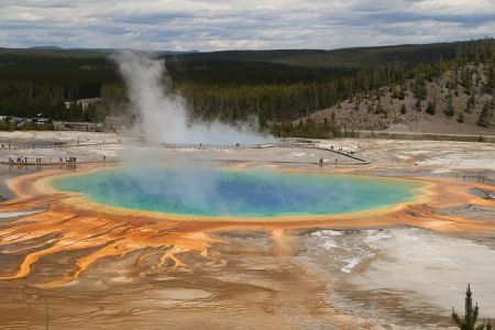 man-suffers-burns-yellowstone