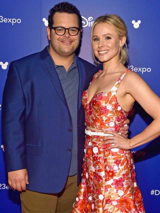 ANAHEIM, CA - JULY 14:  Actors Josh Gad and Kristen Bell of OLAF'S FROZEN ADVENTURE took part today in the Walt Disney Studios animation presentation at Disney's D23 EXPO 2017 in Anaheim, Calif. OLAF'S FROZEN ADVENTURE will be released in U.S. theaters on November 22, 2017.  (Photo by Alberto E. Rodriguez/Getty Images for Disney)