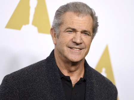 Mel Gibson arrives at the 89th Academy Awards Nominees Luncheon at The Beverly Hilton Hotel on Monday, Feb. 6, 2017, in Beverly Hills, Calif. (Photo by Jordan Strauss/Invision/AP)