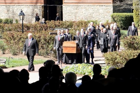 Billy-Graham-funeral-1-cropped