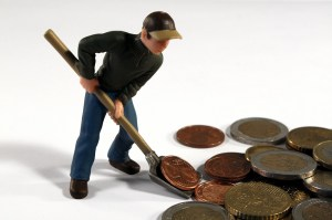 man-digging-coins